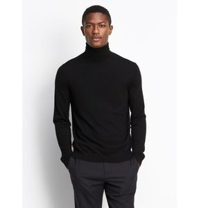 Vince Wool-Cashmere Turtleneck Sweater